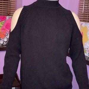 H&M rubbed woolen open shoulders turtleneck top M
